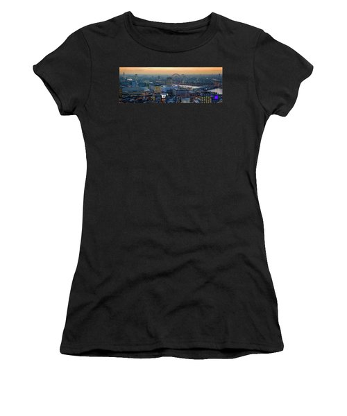 London At Sunset Women's T-Shirt (Athletic Fit)