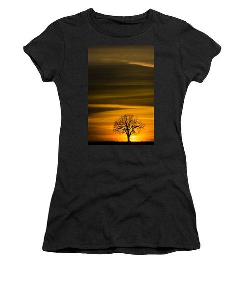 Lone Tree - 7064 Women's T-Shirt