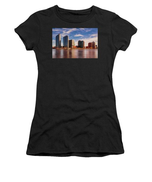 Women's T-Shirt (Athletic Fit) featuring the photograph Long Island City Skyline Nyc by Susan Candelario