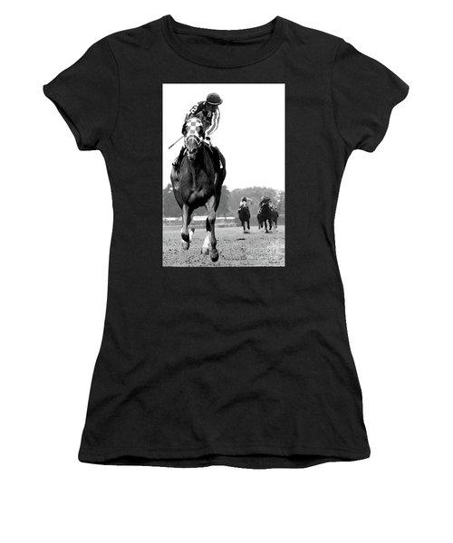 Looking Back, 1973 Secretariat, Stretch Run, Belmont Stakes Women's T-Shirt