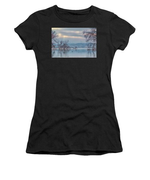 Los Vaqueros Morning Women's T-Shirt