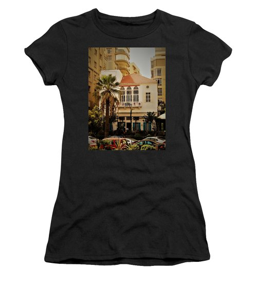 Lost In The Urban Jungle  Beirut  Women's T-Shirt (Athletic Fit)