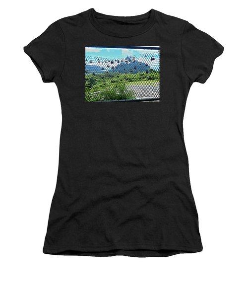 Love Locks In Moorea Women's T-Shirt