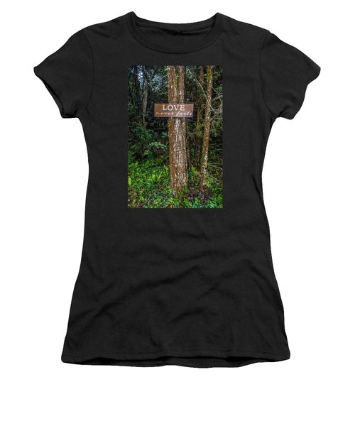 Love On A Tree Women's T-Shirt (Athletic Fit)