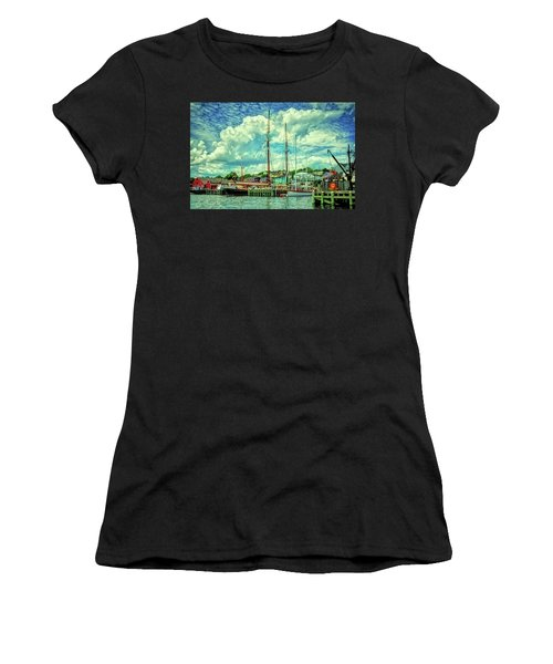 Lunenburg Harbor Women's T-Shirt (Athletic Fit)