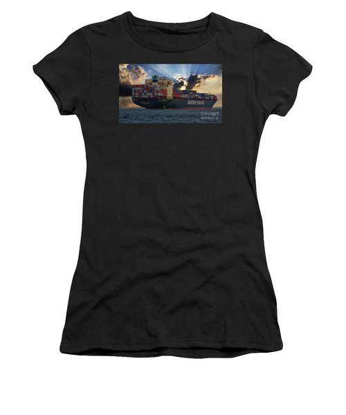Maersk Sealand Leaving Charleston South Carolina Women's T-Shirt