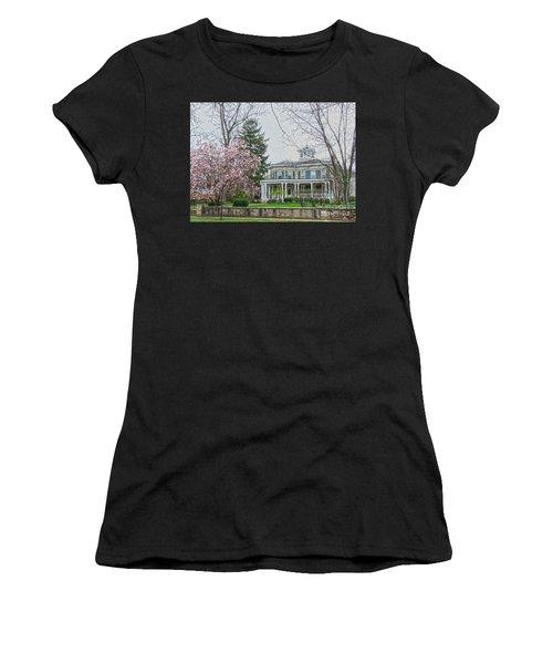 Magnolia Time Women's T-Shirt (Athletic Fit)