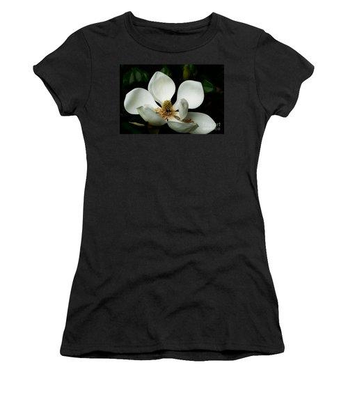 Magnolia Time Women's T-Shirt