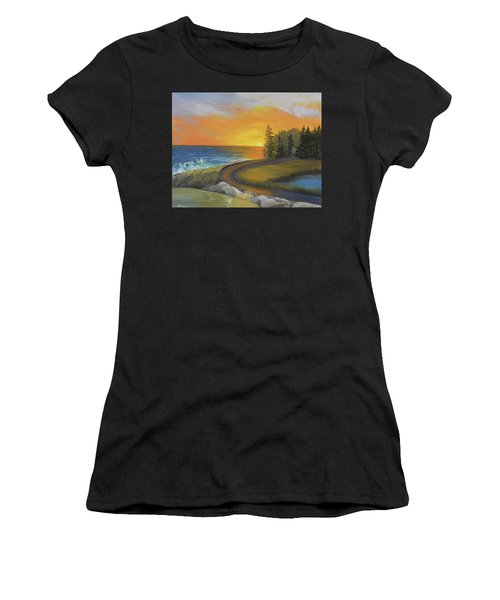 Maine Ocean Sunrise Women's T-Shirt (Athletic Fit)