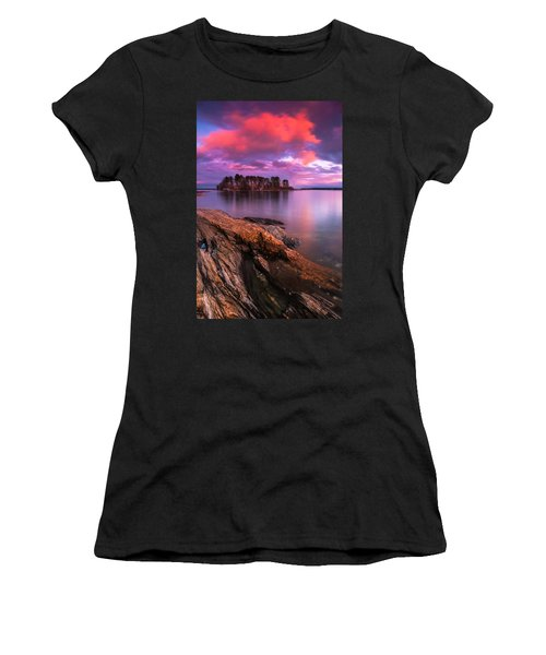 Maine Pound Of Tea Island Sunset At Freeport Women's T-Shirt (Athletic Fit)