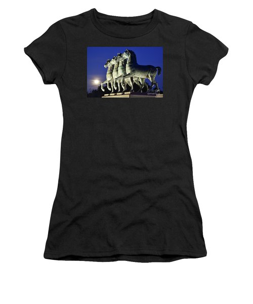 Majestic Horses In The Light Of The Moon Women's T-Shirt