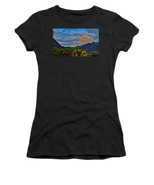 Makaha Sunset Women's T-Shirt (Athletic Fit)