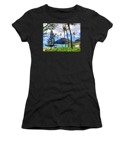 Makapuu Paradise Women's T-Shirt (Athletic Fit)