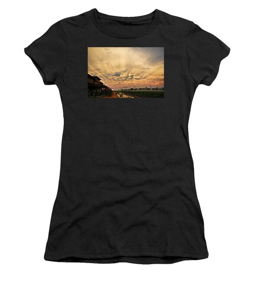 Mammatus Over Yorkton Sk Women's T-Shirt (Junior Cut) by Ryan Crouse