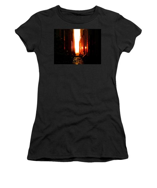 Manhattanhenge Sunset Overlooking Times Square - Nyc Women's T-Shirt (Athletic Fit)