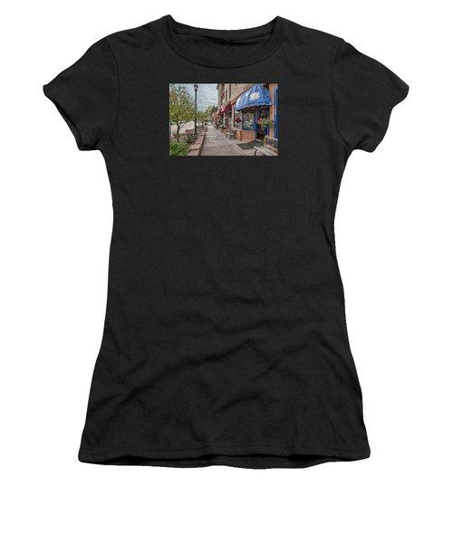 Manitou Women's T-Shirt