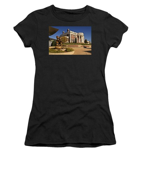 Mansion Hunter Museum Women's T-Shirt (Athletic Fit)
