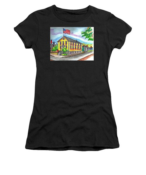 Marblehead Icon Women's T-Shirt (Athletic Fit)