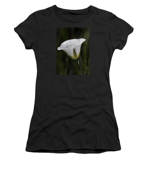 Mariposa Lily 6 Women's T-Shirt (Athletic Fit)