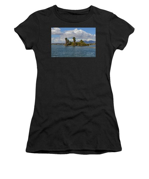 Marooned Palms Women's T-Shirt (Athletic Fit)