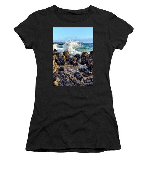 Maui Wave Crash Women's T-Shirt (Athletic Fit)
