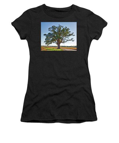 Mcbaine Bur Oak Women's T-Shirt