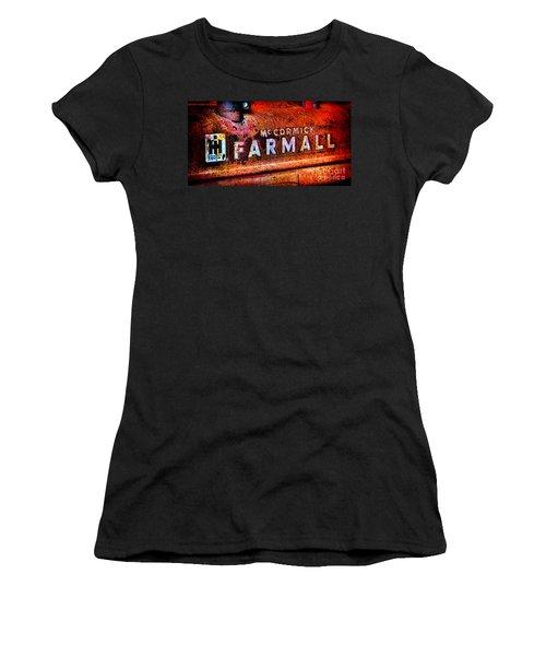 Mccormick Farmall Grunge Women's T-Shirt