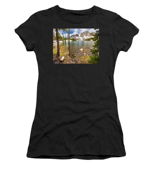 Medicine Bow Snowy Mountain Range Lake View Women's T-Shirt