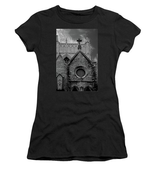 Memphis Cross In The Clouds Bw Women's T-Shirt