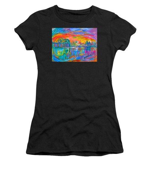 Memphis Spin Women's T-Shirt