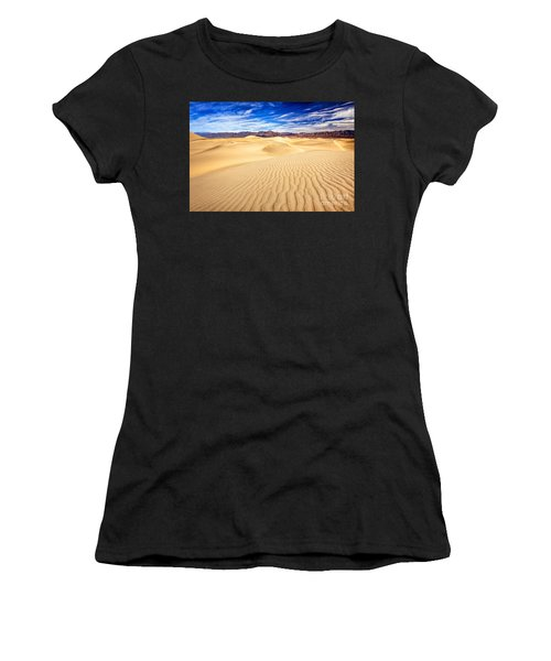 Mesquite Flat Sand Dunes In Death Valley Women's T-Shirt