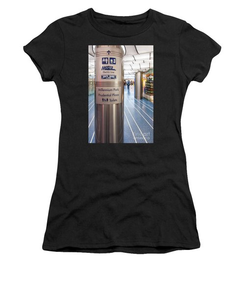 Metra Electric Line Column Sign Women's T-Shirt