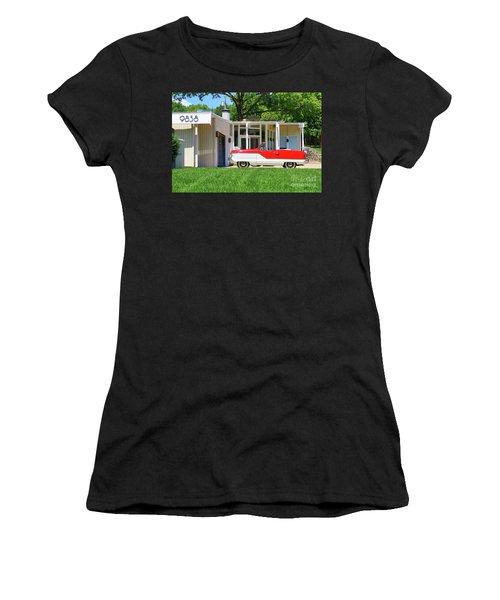 Metropolitan Women's T-Shirt (Athletic Fit)