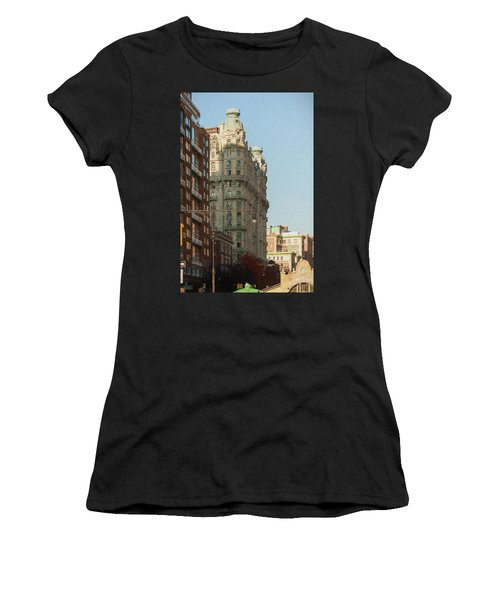 Midtown Manhattan Apartments Women's T-Shirt (Athletic Fit)