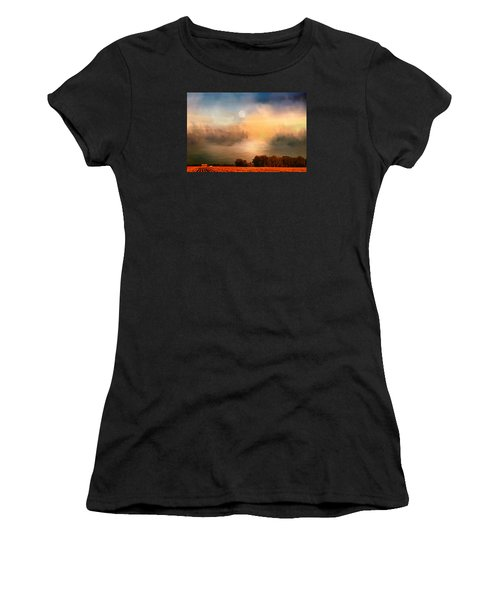 Midwest Harvest Moon Women's T-Shirt (Athletic Fit)