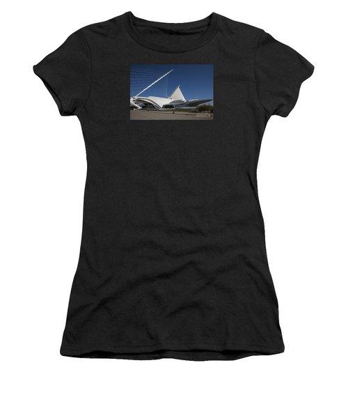 Milwaukee Art Museum Women's T-Shirt