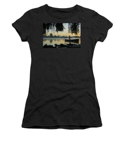 Mist Lake Silhouette Women's T-Shirt