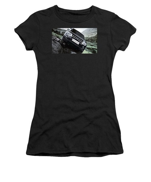 Mitsubishi Pajero Women's T-Shirt (Athletic Fit)