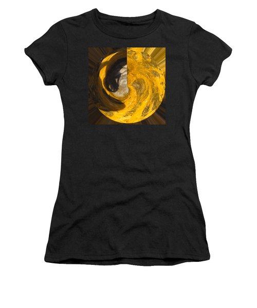 Molten Gold Planet Women's T-Shirt