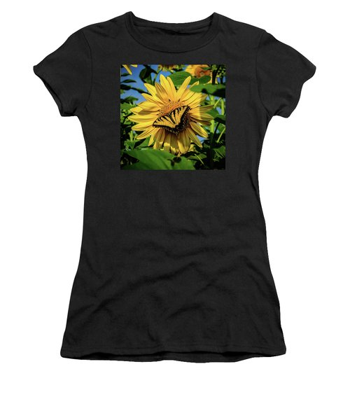 Male Eastern Tiger Swallowtail - Papilio Glaucus And Sunflower Women's T-Shirt
