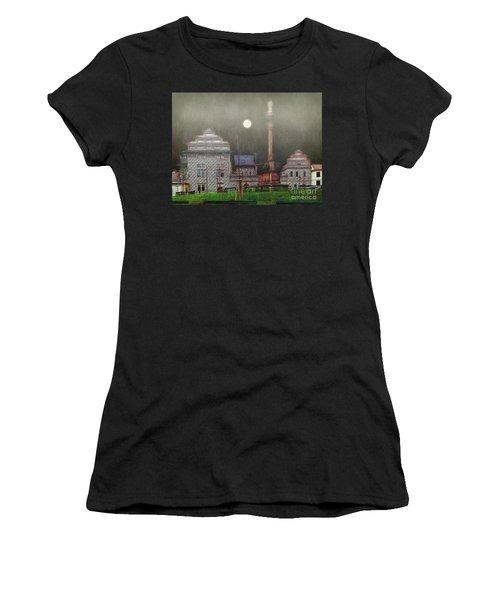Monumental- Prague Women's T-Shirt