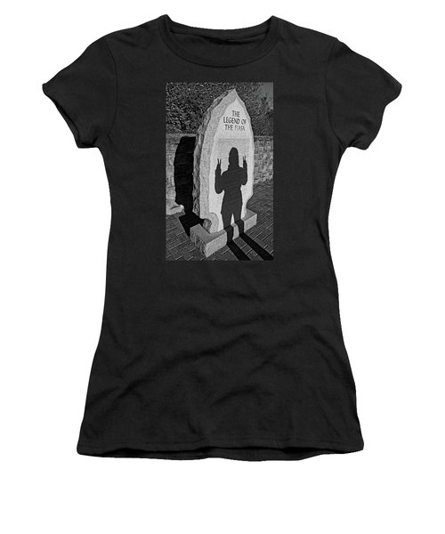 Monumental Shadows Peace Out Women's T-Shirt (Athletic Fit)