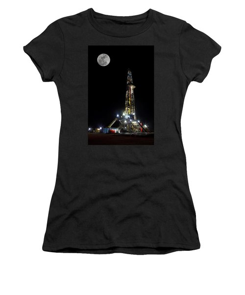 Moon Over Latshaw 10 Women's T-Shirt (Athletic Fit)