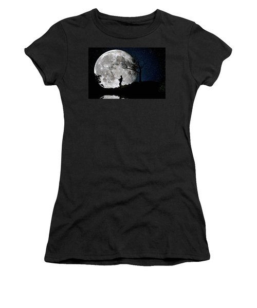 Moonlight Fishing Under The Supermoon At Night Women's T-Shirt