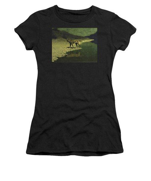 Moonlight, Wolf Women's T-Shirt