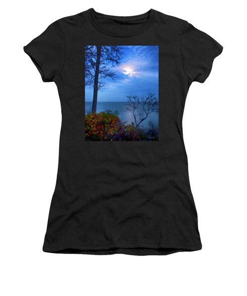 Moonset 1 Women's T-Shirt