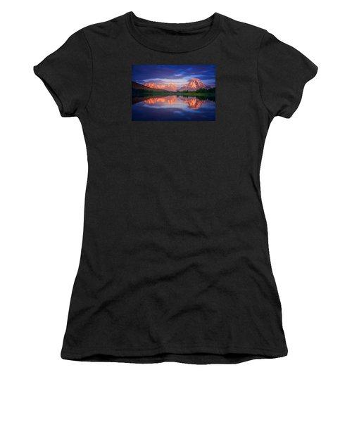 Moran Cloudcap Women's T-Shirt (Athletic Fit)