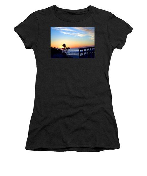 Morning I I Women's T-Shirt