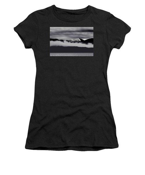 Mountain Contrast Women's T-Shirt