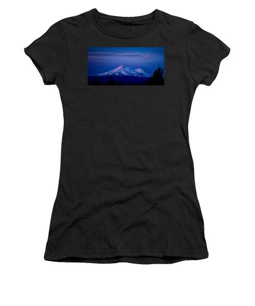 Mt Shasta At Sunrise Women's T-Shirt (Athletic Fit)